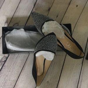 Shoes black flat elegant....